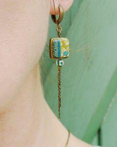 Pendentifs d'oreilles, Boucles d'oreilles longues patchwork jaune et vert est une création orginale de 11prunes sur DaWanda