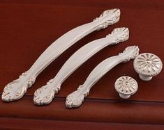 Flower Shabby Chic Dresser Drawer Pulls Handles / Ivory Gold Rose Cabinet Pull Handle Knobs Furniture Hardware Measurement: Style 1 (Large Handle): Length: Width: When installed the knob sticks out Style 2 (Medium Handle):: Length: Width: Dresser Drawer Pulls, Dresser Knobs, Dresser Drawers, Dressers, Shabby Chic Kitchen Cabinets, Kitchen Cabinet Doors, White Bedroom Furniture, Decorative Knobs, Furniture Hardware