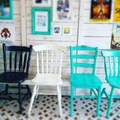 Do you like our chairs? We are a Gold Coast Laundromat open 365 days servicing  Burleigh Heads, Burleigh, West Burleigh, Burleigh Waters, Palm Beach, Elanora, Tugun, Currumbin, Robina, Tallebudgera, Reedy Creek, Mudgeeraba, Varsity Lakes, Miami, Mermaid Waters, Mermaid Beach and Merrimac. Turquoise rules :) Coin Change Machine, Mermaid Beach, Gold Coast, Palm Beach, Lakes, Miami, Chairs, Australia, Turquoise