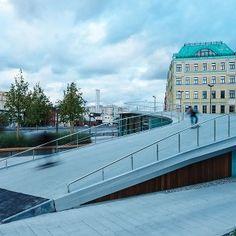 the krymskaya embankment by wowhaus