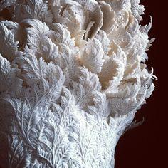 Sculpture de porcelaine de l'artiste hitomihosono