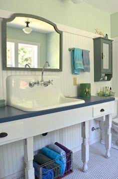 Vintage style bathroom, mint green, cast iron sink - via La Maison Boheme -  photo by Sarah Greenman