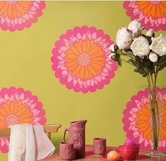 Stencil Details for Daisy Dot Medium - r7019m paint black and white with a bright red flower