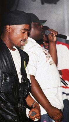 Hip Hop 90, Nas Hip Hop, Tupac Photos, Tupac Pictures, Biggie Smalls, Tupac Und Biggie, Tupac Art, Ropa Hip Hop, Fille Gangsta