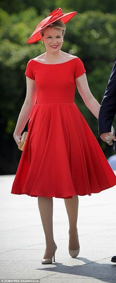 Queen Matilde wears a red ensemble today on her official visit to Shanghai, 26 June 2015