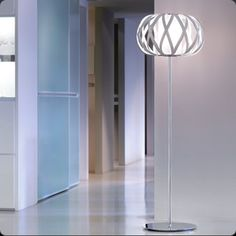 Name: ROLANDA - P  Design: Christophe Mathieu / 2007  Typology: Floor lamp  Environment: Indoor