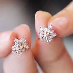 Jewelry Earrings Stud Earring 2016 New Hot Sell Trendy Super Shiny CZ Diamond Ice Flower 925 Sterling Silver Earrings for Women Wholesale Jewelry Rhinestone Earrings, Sterling Silver Earrings, Women's Earrings, Diamond Earrings, Silver Jewelry, Crystal Rhinestone, Flower Earrings, Silver Ring, Flower Stud