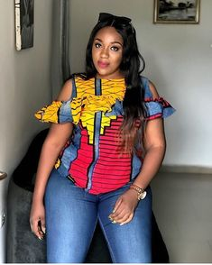 Ankara Designs for me! Neueste Ankara Tops Designs # ankaratop # waxprints # africanprints W Ankara Tops Blouses, Ankara Blouse, African Blouses, Ankara Dress Styles, Blouse Styles, Kente Styles, African Fashion Ankara, Latest African Fashion Dresses, African Print Fashion