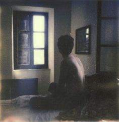 this is absolutely beautiful. a polaroid by anna morosini. (lazy light #2).
