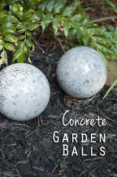 DIY Concrete Garden Balls - So easy and fun!