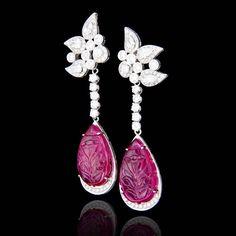 Gotas de rubi carved com diamantes redondos e em forma de gotas... #ruthgrieco…