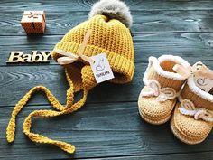 Beige baby booties crochet for newborn Organic baby uggs for
