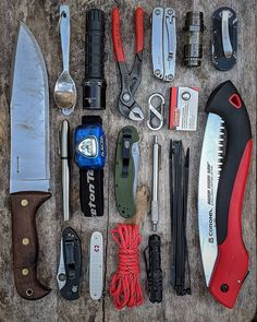 This is a snap shot of the gear I keep in my car. It changes a little depending on if I plan to travel farther from… Urban Carry, Everyday Carry Items, Edc Gadgets, Survival Life Hacks, What's In Your Bag, Outdoor Survival, Survival Knife, Tactical Gear, You Bag