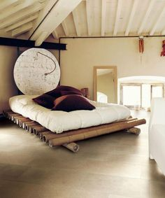 great bamboo bed so cool. tolles Bambusbett so cool . Bamboo Furniture, Rustic Furniture, Bedroom Furniture, Furniture Design, Bedroom Decor, Bedroom Ideas, Furniture Makeover, Furniture Removal, Bedroom Storage