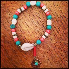 Bracelet coquillage. Collection été 2014.