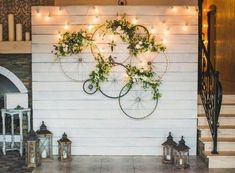 Great Floral Ideas for Your Wedding and Reception - Best Wed .- Great Floral Ideas for Your Wedding and Reception – Best Wedding Planning Tips Wall decoration, bicycle tires, flowers, fairy lights - Deco Champetre, Deco Floral, Floral Design, Party Lights, Wedding Pinterest, Garden Parties, Party Garden, Wall Design, Rustic Wedding