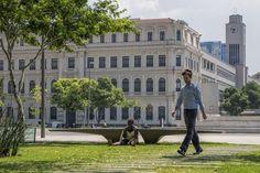 https://flic.kr/p/EYoE2E | ... | Praça Mauá Square, Centro da Cidade, Rio de Janeiro, Brazil.  _______________________________________________  Buy my photos at / Compre minhas fotos na Getty Images  To direct contact me / Para me contactar diretamente: lmsmartins@msn.com.