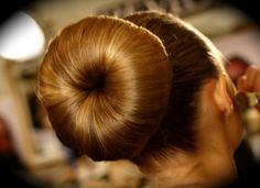 hair donut style