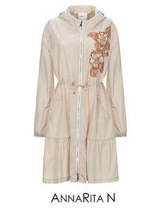 Giubbotto beige – Annarita N Outlet, Raincoat, Beige, Jackets, Fashion, Glitter, Rain Jacket, Down Jackets, Moda