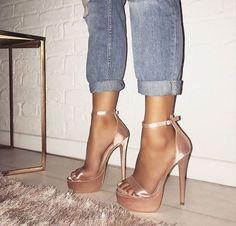 Santorini Satin erröten rosa Plateau-Absatz , Source by grossketrien Heels Mode Adidas, Heeled Boots, Shoe Boots, Prom Heels, Dream Shoes, Santorini, Stiletto Heels, Women's Heels, Strappy Shoes