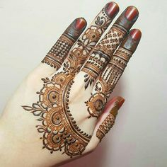 Mehndi henna designs are always searchable by Pakistani women and girls. Women, girls and also kids apply henna on their hands, feet and also on neck to look more gorgeous and traditional. Rose Mehndi Designs, Latest Henna Designs, Back Hand Mehndi Designs, Finger Henna Designs, Mehndi Designs For Beginners, Modern Mehndi Designs, Mehndi Design Photos, Wedding Mehndi Designs, Mehndi Designs For Fingers