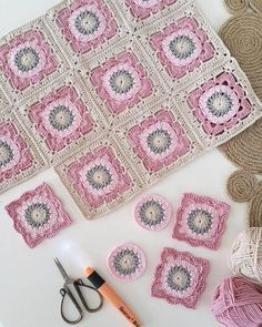 Crochet Motifs, Crochet Blocks, Granny Square Crochet Pattern, Crochet Squares, Crochet Granny, Crochet Blanket Patterns, Baby Blanket Crochet, Crochet Baby, Knitting Patterns