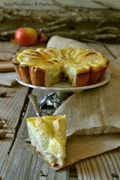 Flammekueche at Vacherin Fribourgeois AOP - Healthy Food Mom Gourmet Recipes, Dessert Recipes, Healthy Recipes, Crostata Recipe, Alcohol Cake, Fast And Slow, Torte Cake, Sugar Free Recipes, Fall Desserts