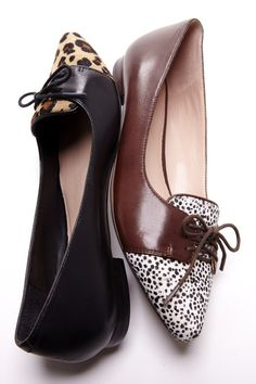 Best-selling designer shoe brands to have in your closet Pretty Shoes, Cute Shoes, Me Too Shoes, Shoe Wardrobe, Latest Shoe Trends, Latest Shoes, Ballerina Shoes, Pumps, Marie Antoinette