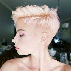 www.short-hairstyles.co wp-content uploads 2016 12 8-Pixie-Cut-2017-20161223067.jpg