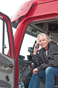 North Dakota Truck Accident Lawyer Discusses the Three Components of Behind-the-wheel Distractions