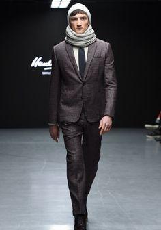 Londra Moda Haftası'ndan: Hardy Amies Sonbahar / Kış 2015