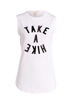 5fadcb909396 Kombiniert mit einem Jeansrock wird aus diesem Shirt ein rundum lässiger  Look!