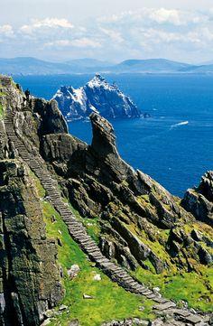 Skellig Irlanda, la isla Esmeralda · National Geographic en español. · Rutas y escapadas