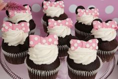 Cupcakes at a Minnie Mouse Party #minniemouse #partycupcakes