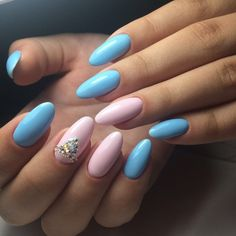 Manicure on long nails with rhinestones. The nail polish is blue and pink. Oval Acrylic Nails, Almond Acrylic Nails, Oval Nails, Gender Reveal Nails, Baby Blue Nails, Nails Design With Rhinestones, Matte Nail Polish, Minimalist Nails, Rhinestone Nails
