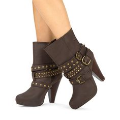 JustFab.com - brysen ---Aren't these adorable?! They'd go with so many of my clothes, too. Love the look! size 9, to be safe.