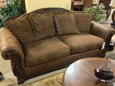 Exceptional Bradington Truffle #Sofa At Ashley #Furniture In #TriCities Part 19