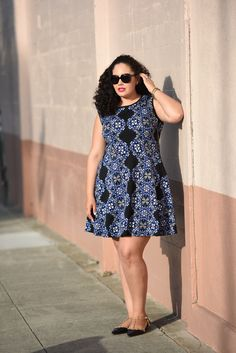 I love the print and fit of this dress! And the studded flats.