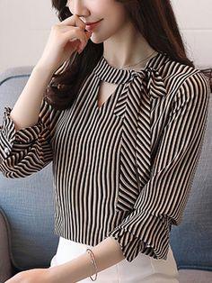 Sashes Stripe O-Neck Lantern Sleeves Women's Blouses blusas Kurti Sleeves Design, Kurta Neck Design, Sleeves Designs For Dresses, Dress Neck Designs, Kurta Designs, Blouse Designs, Bluse Outfit, Hijab Stile, Blouse Styles