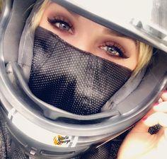 いいね!1,852件、コメント37件 ― Natalia Sewerynさん(@nataliaseweryn)のInstagramアカウント: 「Good Morning! ❤#helmetselfie」