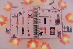 Cette fois mon planner sera dans l'ambiance particulière d'Halloween ! #thehappyplanner #planahappylife #lifestylebysaml #lifestyle #lifestyleblogger #planner #planneraddict #plannerlover #plannercommunity #plannergirl #motivate #Halloween #plannerjunkie #plannerlove #plannerlifestyle #plannerobsessed #plannerlife #halloweentheme #planplannercommunityning #plannerstickers #instaplannercommunity #instaplanner #stationeryaddict #spooky Planner Stickers, Planner Layout, Halloween, Decoration, Layouts, Lifestyle, Decor, Decorations, Decorating