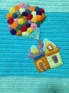 Up house crocheted baby blanket, just a picture but sweet Crochet Cross, Crochet Home, Knit Or Crochet, Crochet Gifts, Baby Afghan Crochet, Manta Crochet, Freeform Crochet, Crochet Disney, Arm Knitting