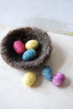 Small Nest and Eggs - Wool Felt- Felted Easter Decoration