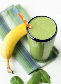 34. Spinach Banana Smoothie #protein #smoothies #recipes http://greatist.com/eat/high-protein-smoothie-recipes