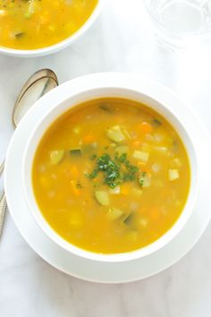 This Zucchini Summer Soup is very flavorful super easy recipe to make. You can add any seasonal veggies and you will end up with a delicious meal! Vegetarian Soup, Vegan Soups, Healthy Soups, Summer Soup Recipes, Winter Recipes, Sopas Light, Crockpot Recipes, Cooking Recipes, Healthy Eating Recipes