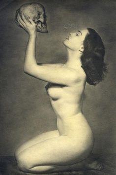 Jeune Femme Aux Vanités, circa 1930 Photographer John Everard