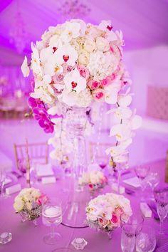 Daily Wedding Flower Ideas from Fleur le Cordeur Quinceanera Centerpieces, Wedding Reception Centerpieces, Elegant Centerpieces, Wedding Decorations, Centrepieces, Centerpiece Ideas, Mod Wedding, Floral Wedding, Wedding Flowers