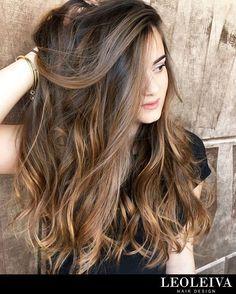 Te mostramos opciones para cabello oscuro. Base chocolate + iluminación + bronde hair, ¡quedá divina! Te esperamos en Gallo 1654. Tel 48297093.