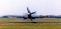 Spitfire LOW!!! fly past