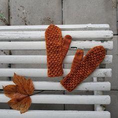 Gratisoppskrifter — Strikkezilla Design Mittens, Crochet Pattern, Knitting, Diy, Design, Threading, Fingerless Mitts, Crochet Throw Pattern, Tricot